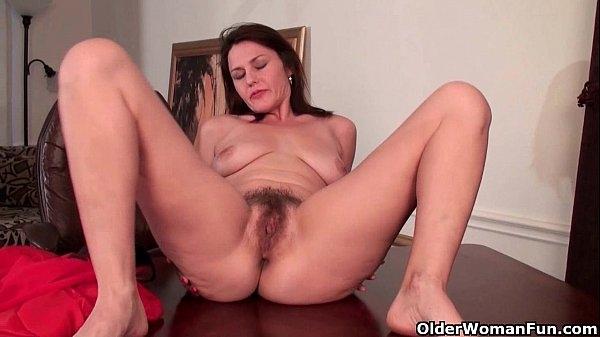 порно мастурбация пожилых волосатых теток